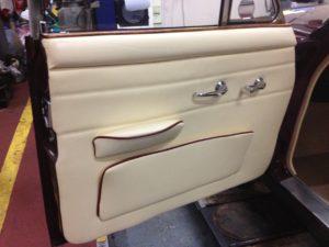 CLASSIC CAR DOOR CASING